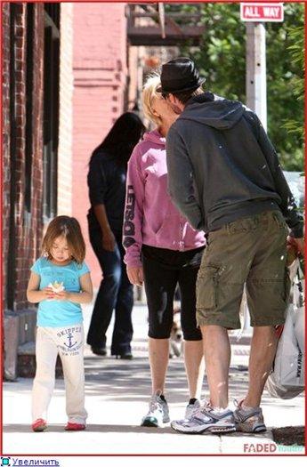 Смотреть онлайн Американский ниндзя 4: Полное уничтожение фильм и трейлер